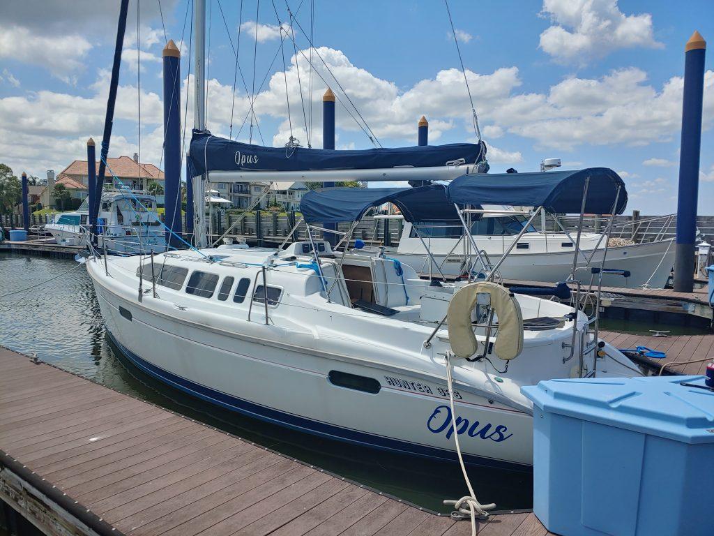 Hunter sailing yacht